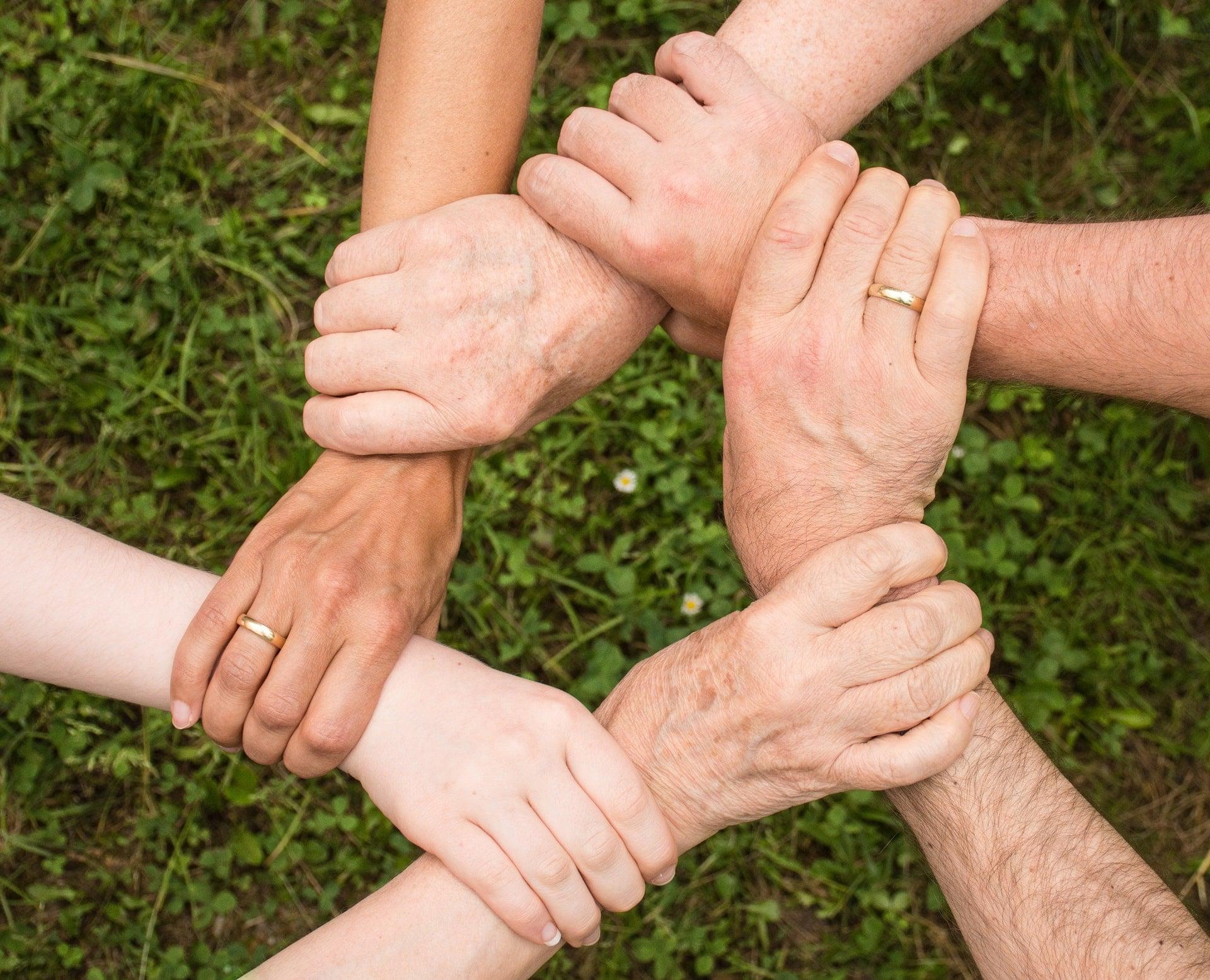 Παιδιά στην εφηβεία: μικρές συμβουλές για υγιείς σχέσεις