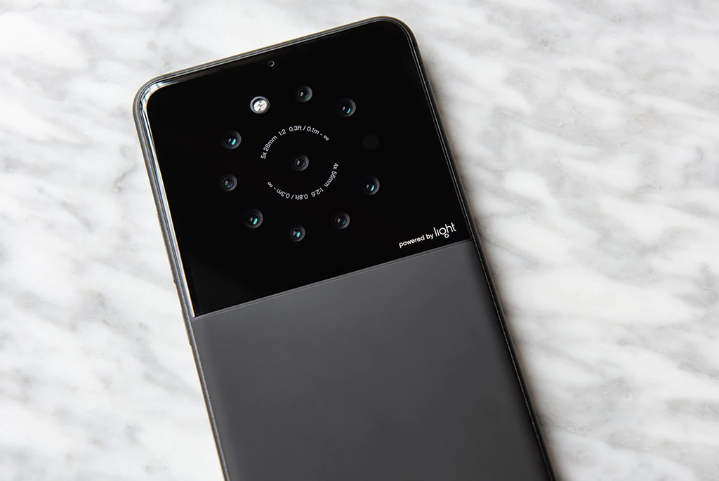 Η Light συνεργάζεται με Sony και Xiaomi για smartphones με πολλαπλές κάμερες