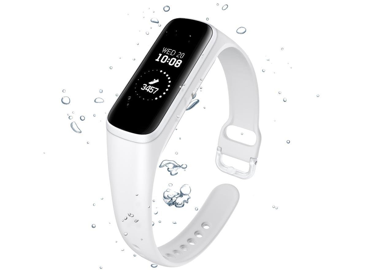 Samsung Galaxy Fit E: Κατάγραψε κάθε κίνηση με ευκολία!