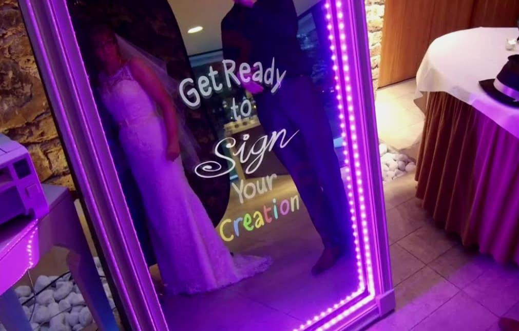 Μagic Photo Mirror Booth: Καθρέφτη, καθρεφτάκι μου...